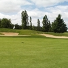 A view of the 4th hole protected by bunkers at Renfrew Golf Club